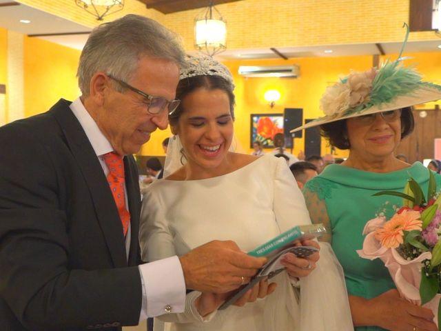 La boda de Juan Antonio y Ana Gemma en Guillena, Sevilla 14