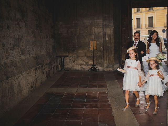 La boda de Amparo y Ricardo en Valencia, Valencia 35