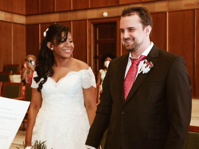 La boda de Thomas y Marianela en Rivas-vaciamadrid, Madrid 30
