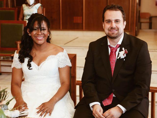 La boda de Thomas y Marianela en Rivas-vaciamadrid, Madrid 35
