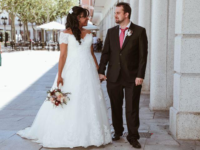 La boda de Thomas y Marianela en Rivas-vaciamadrid, Madrid 41