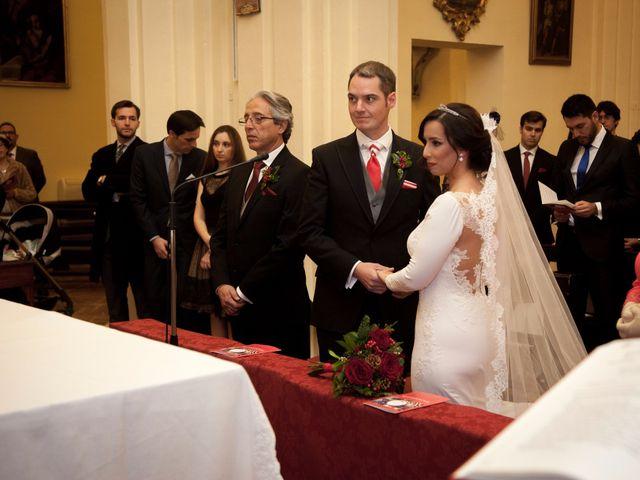 La boda de Marta y Jose en Sevilla, Sevilla 16