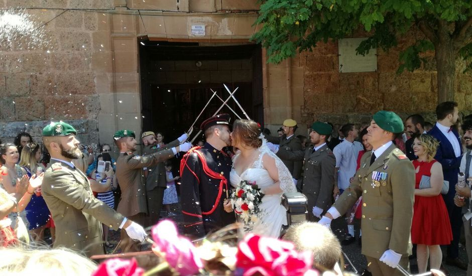 La boda de Tony y Minerva en Clavijo, La Rioja