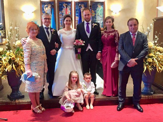 La boda de Miguel  y Nerea  en Soto Del Barco, Asturias 5
