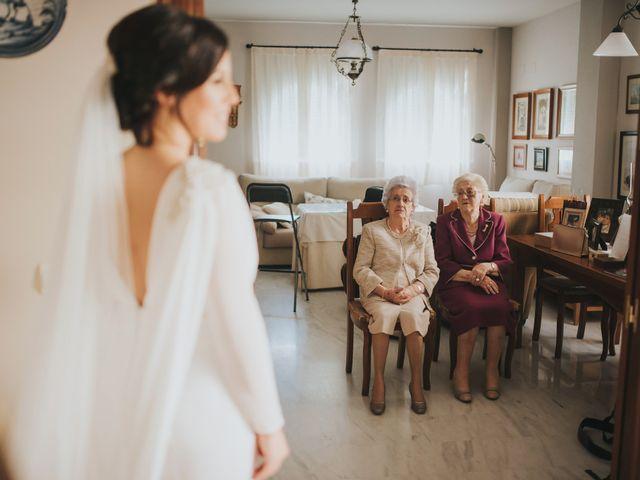 La boda de Alejandro y Elena en Sevilla, Sevilla 32