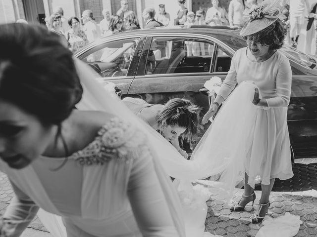 La boda de Alejandro y Elena en Sevilla, Sevilla 38