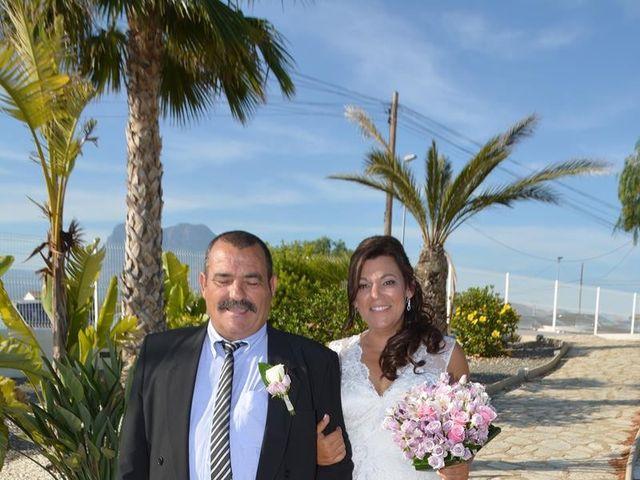 La boda de Rocio y Rafael en La/villajoyosa Vila Joiosa, Alicante 8
