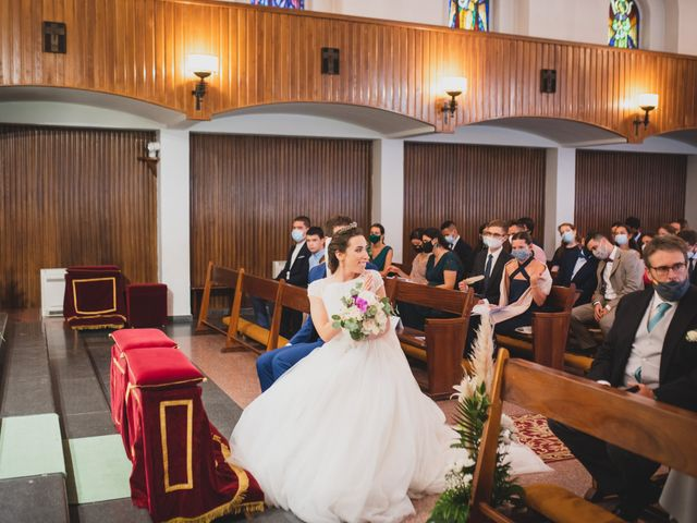 La boda de Ernesto y Joana en Hoyo De Manzanares, Madrid 31