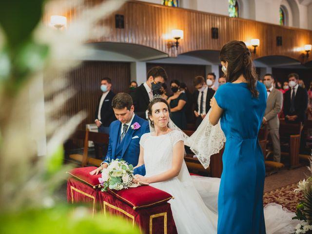 La boda de Ernesto y Joana en Hoyo De Manzanares, Madrid 36
