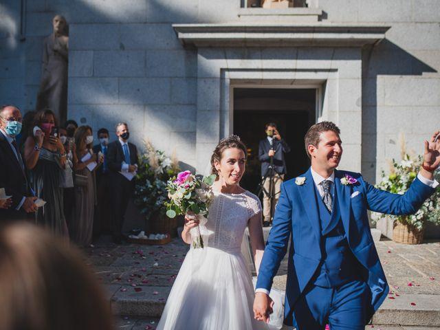 La boda de Ernesto y Joana en Hoyo De Manzanares, Madrid 45