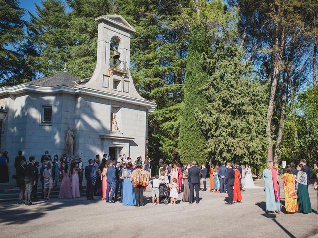 La boda de Ernesto y Joana en Hoyo De Manzanares, Madrid 46
