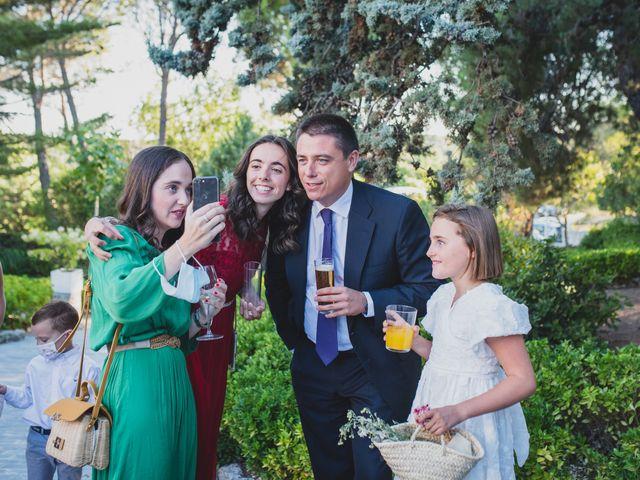 La boda de Ernesto y Joana en Hoyo De Manzanares, Madrid 88