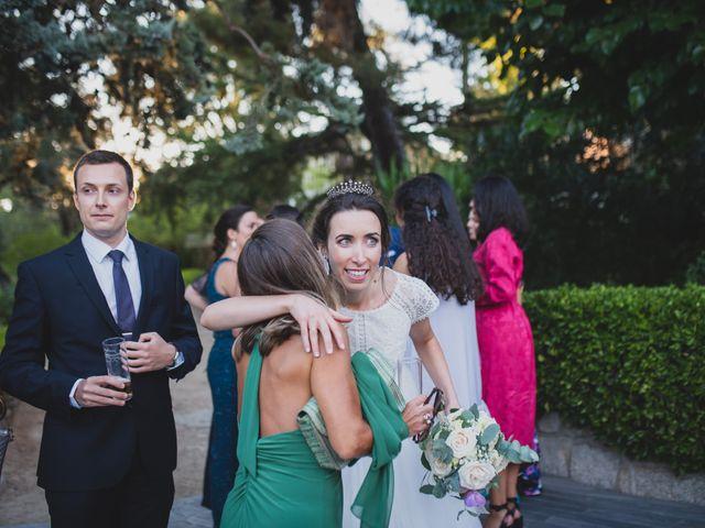 La boda de Ernesto y Joana en Hoyo De Manzanares, Madrid 104