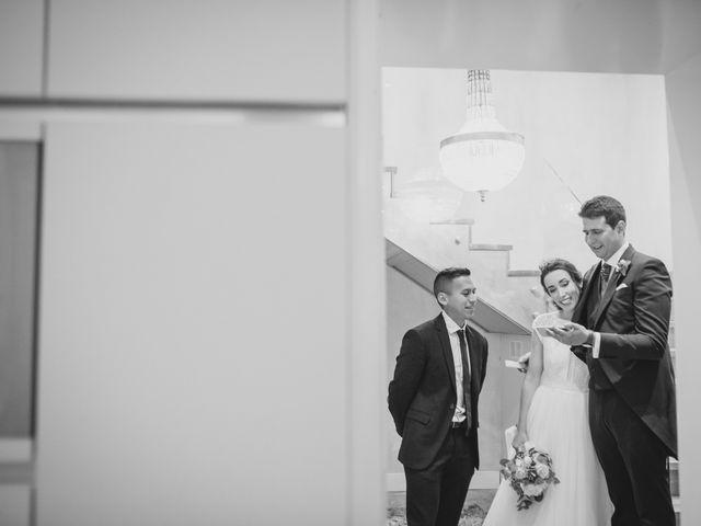 La boda de Ernesto y Joana en Hoyo De Manzanares, Madrid 119