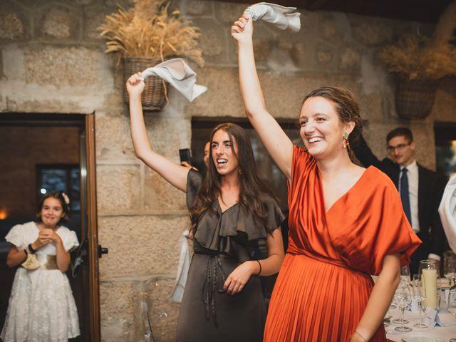 La boda de Ernesto y Joana en Hoyo De Manzanares, Madrid 127