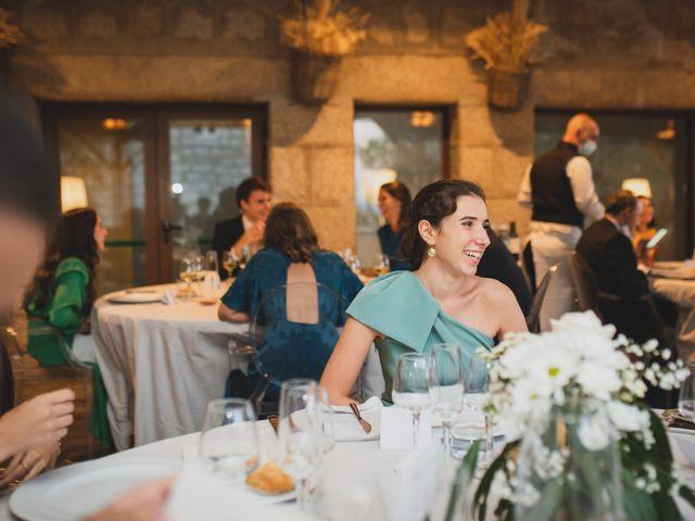 La boda de Ernesto y Joana en Hoyo De Manzanares, Madrid 131