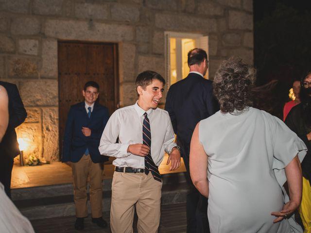 La boda de Ernesto y Joana en Hoyo De Manzanares, Madrid 167