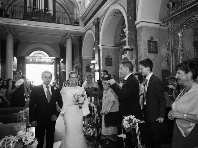 La boda de Massi y Asun en El Puig, Valencia 40