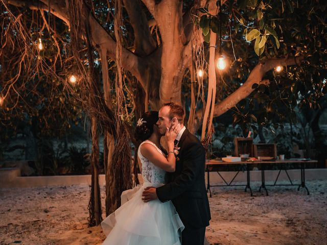 La boda de Luis y Aurora en Alacant/alicante, Alicante 195