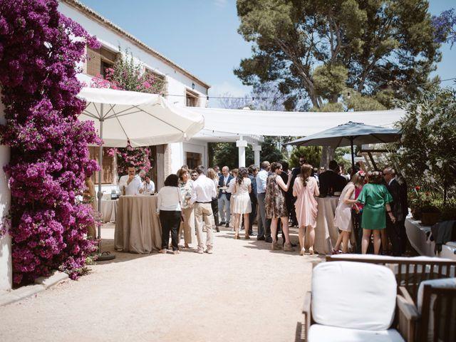 La boda de Borja y Laura en Picanya, Valencia 36