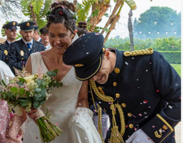 La boda de Diego  y Ainoa en Valencia, Valencia 1