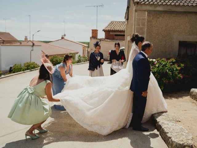 La boda de Adrian y Noelia en Laguna De Duero, Valladolid 35