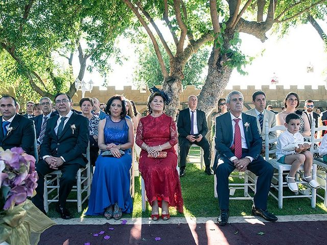 La boda de Fran y Belén en Talamanca Del Jarama, Madrid 45