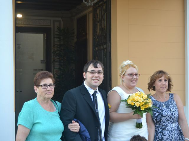 La boda de Raul y Miriam en L' Hospitalet De Llobregat, Barcelona 6