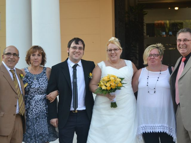 La boda de Raul y Miriam en L' Hospitalet De Llobregat, Barcelona 14