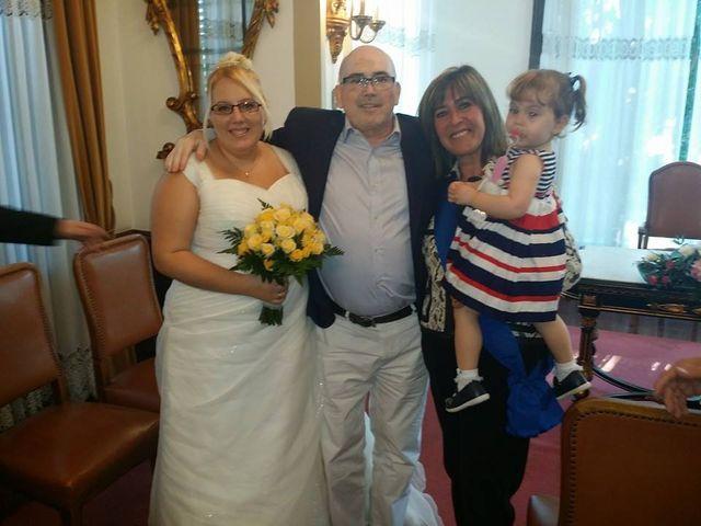 La boda de Raul y Miriam en L' Hospitalet De Llobregat, Barcelona 18
