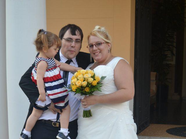 La boda de Raul y Miriam en L' Hospitalet De Llobregat, Barcelona 24