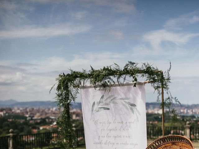 La boda de Ástor y Carmen en Gijón, Asturias 17