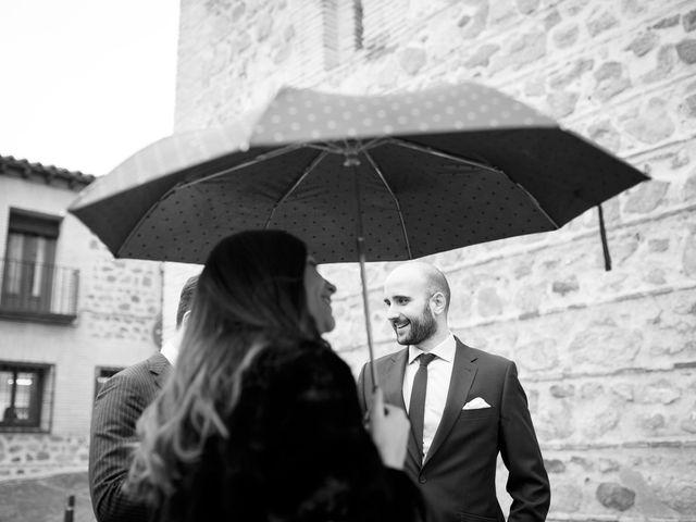 La boda de Adrian y Paula en Toledo, Toledo 6