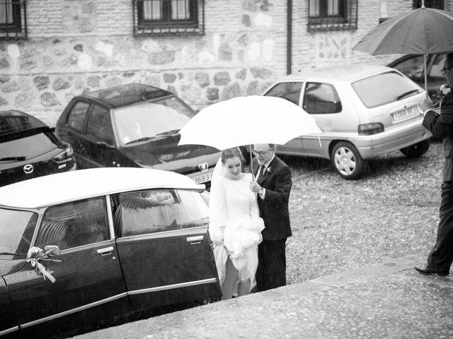 La boda de Adrian y Paula en Toledo, Toledo 22