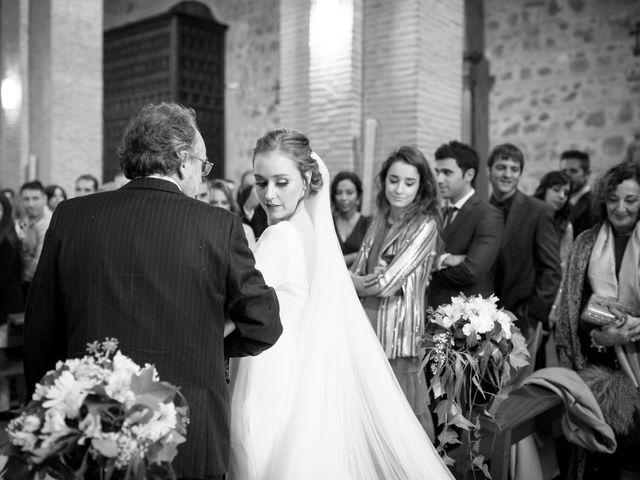 La boda de Adrian y Paula en Toledo, Toledo 28