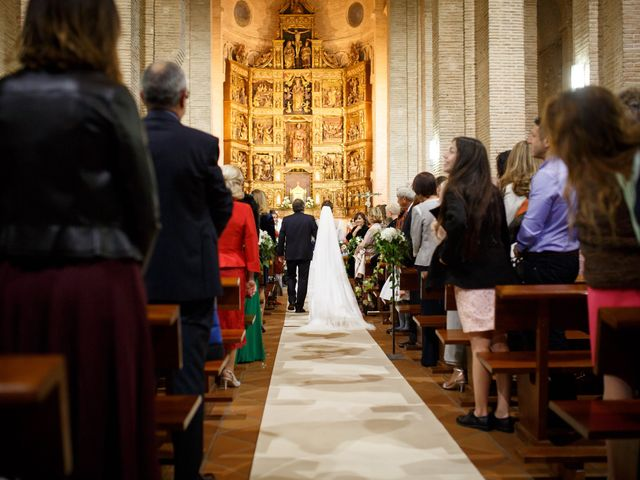 La boda de Adrian y Paula en Toledo, Toledo 29
