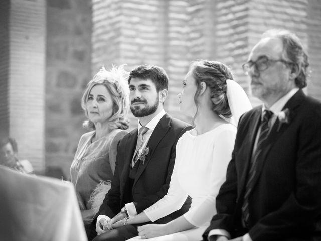 La boda de Adrian y Paula en Toledo, Toledo 41