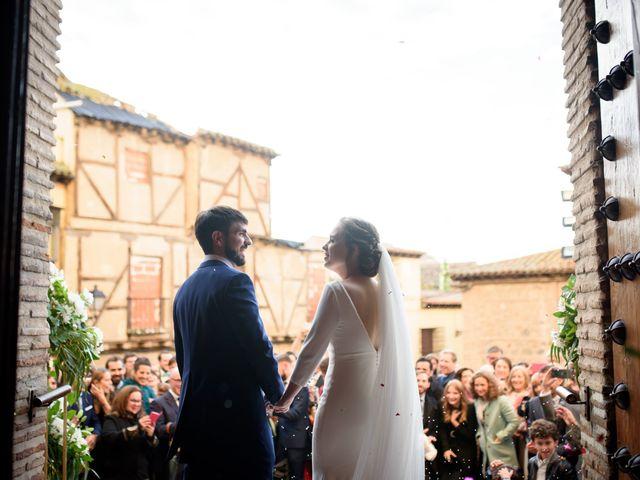 La boda de Adrian y Paula en Toledo, Toledo 101