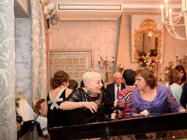 La boda de Adrian y Paula en Toledo, Toledo 237