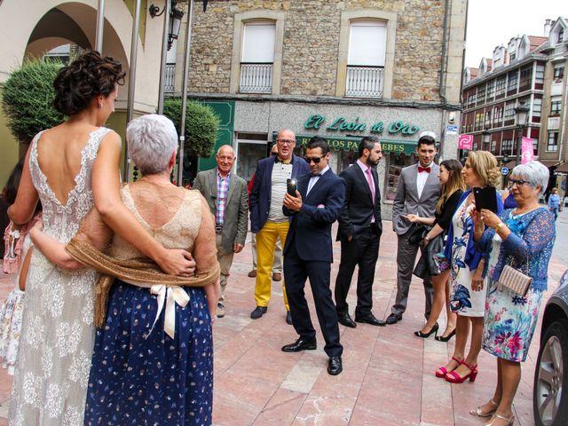 La boda de Heriberto y Noelia en Noreña, Asturias 14