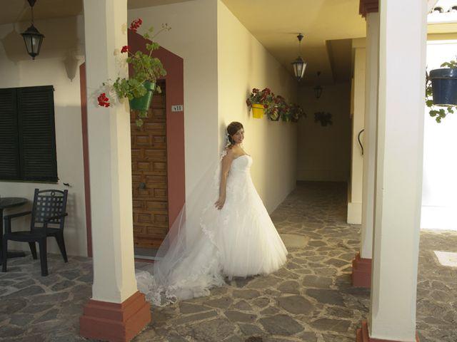 La boda de Sarai y David en Cádiz, Cádiz 27