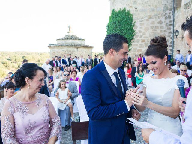 La boda de Ismael y Cristina en San Vicente De Alcantara, Badajoz 11
