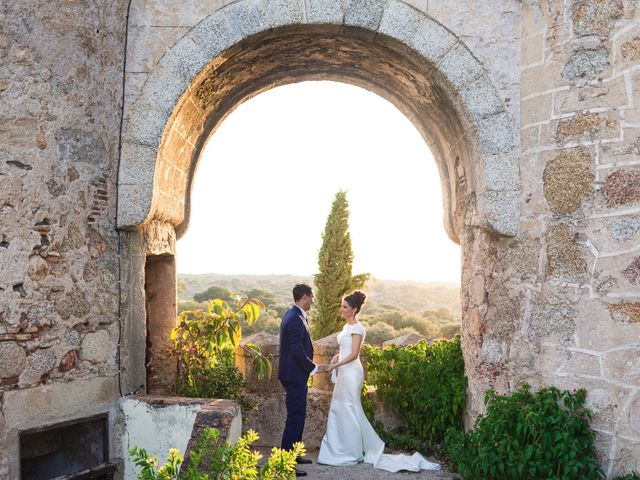 La boda de Ismael y Cristina en San Vicente De Alcantara, Badajoz 16