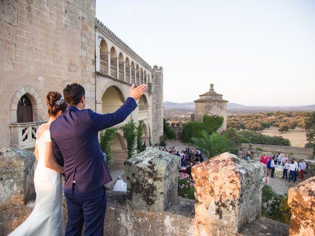 La boda de Ismael y Cristina en San Vicente De Alcantara, Badajoz 20