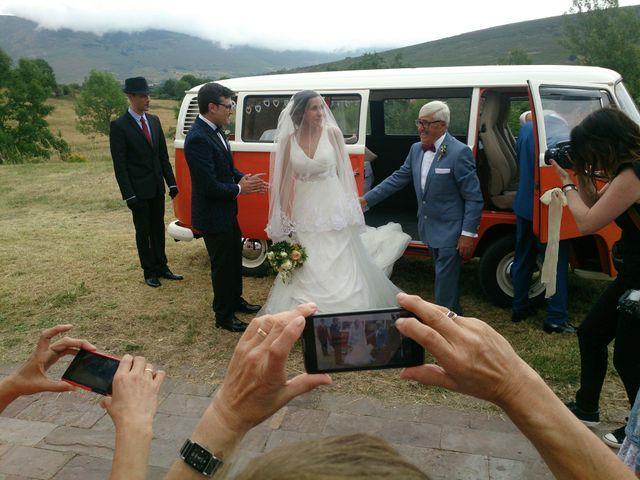 La boda de Eva y Daniel en Brañosera, Palencia 14