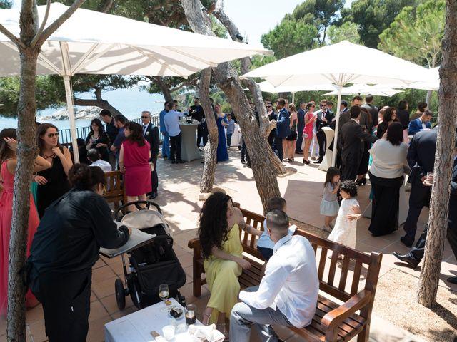 La boda de Jonatan y Priscila en Platja D'aro, Girona 17