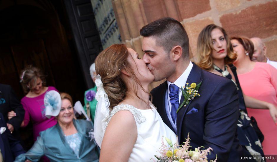 La boda de Antonio y Almudena en Bailen, Jaén