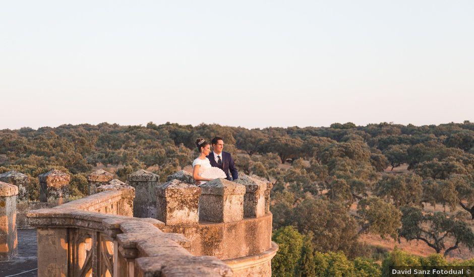 La boda de Ismael y Cristina en San Vicente De Alcantara, Badajoz