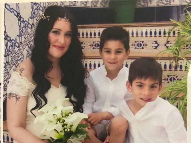 La boda de Raúl  y Nayara en Mérida, Badajoz 19