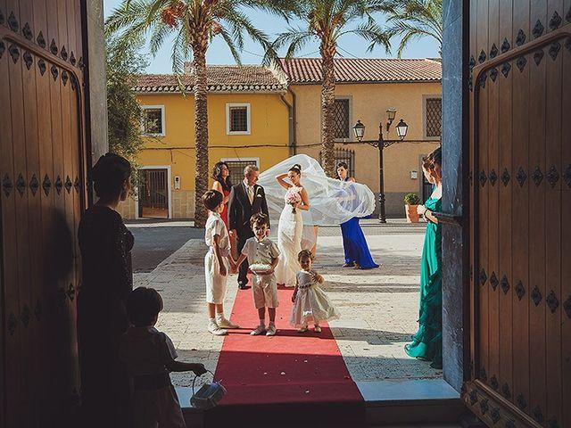 La boda de Loli y Rodrigo en Librilla, Murcia 13